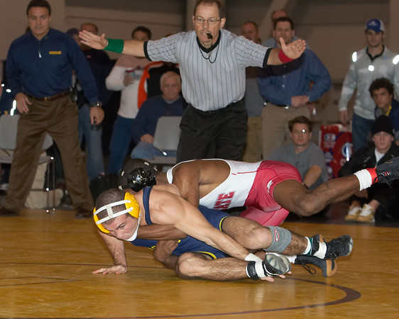 149 lbs. Darrion Caldwell (NC ST) def J P O'Connor (HARVARD by decision 9-5