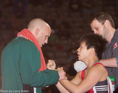 48kg Clarissa Chun def  Alyssa Lampe_R3P3835